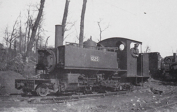 1225 - War Department Light Railway 2-6-2T - 600mm - built 1916 by American Locomotive Co., Works No.57116 -