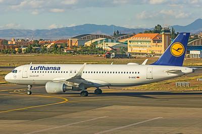 Lufthansa Airbus A320-214 D-AIUE 11-8-18