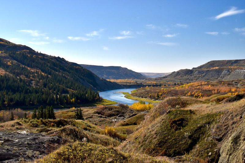 The 724 kilometre long Red Deer River begins its journey in the eastern slopes of the Rocky Mountains.  The river goes through a number of course changes while travelling across Alberta eventually merging with the South Saskatchewan River 16 kilometres into Saskatchewan.