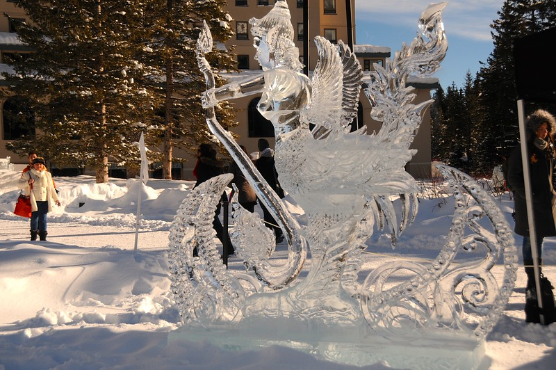 Compared to yesterday, today's bright conditions give a much needed sparkle to the sculptures.