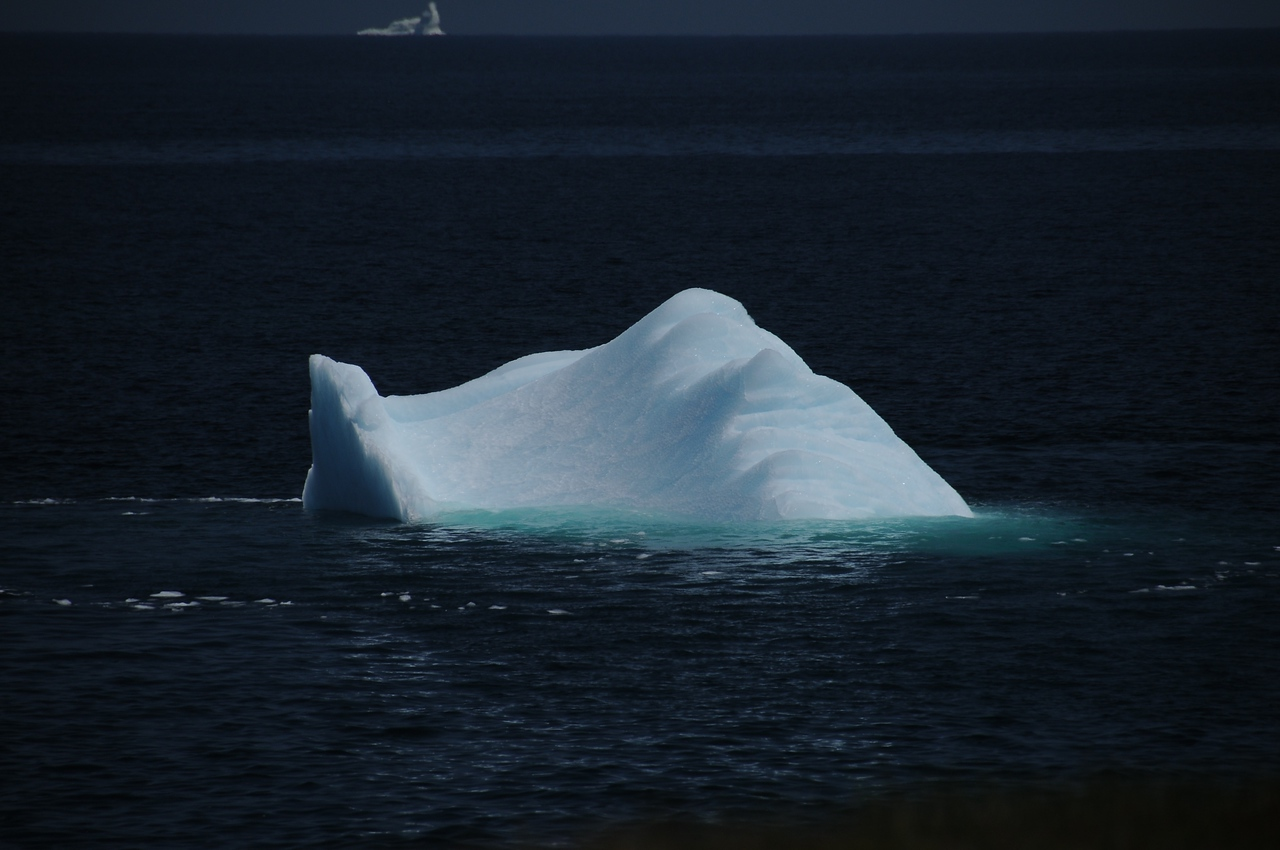 This tumble lasted less than fifteen seconds, and that was all the time it took for the iceberg to change faces.
