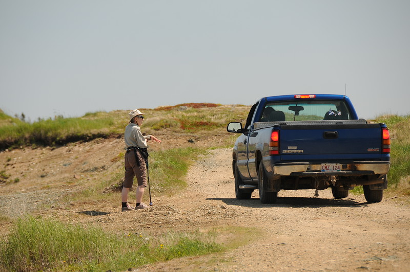 A local resident stops for a chat, and gave Sharon a brief history lesson of what Ragged Point is all about.