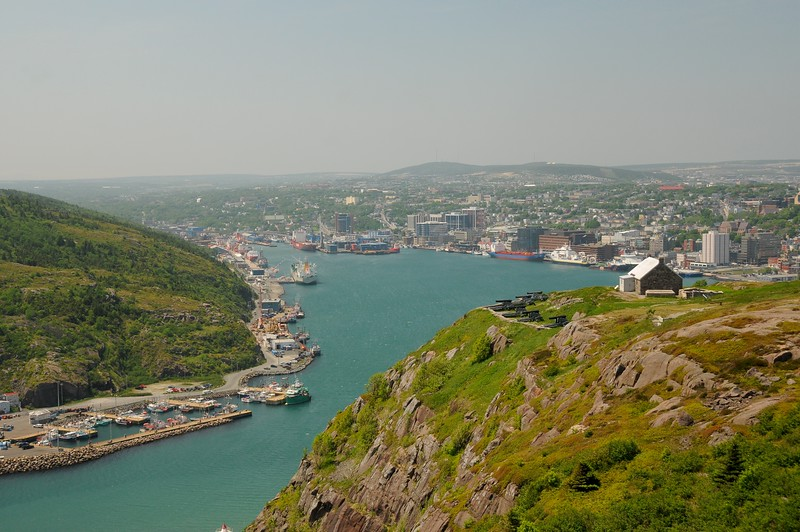 The entrance to the harbour, known as The Narrows, is 91 metres wide at its narrowest point, and has a depth of 11.8 metres during normal lowest tide.