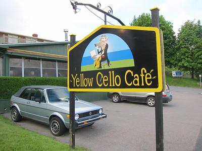 Yellow Cello Cafe.