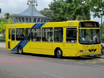 152, VDZ8003, Yellow Buses, Gervis Place, Bournemouth