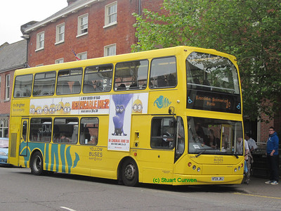 110, HF04JWJ, Yellow Buses, Christchurch High Street.