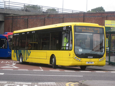 8, R8TYB, Yellow Buses, Travel Interchange, Bournemouth.