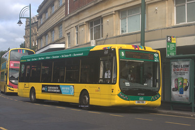 8, R8TYB, Yellow Buses, Bournemouth Square