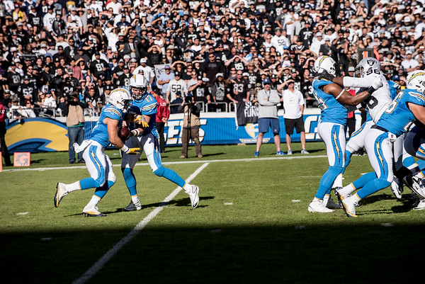 NFL: DEC 18 Raiders at Chargers