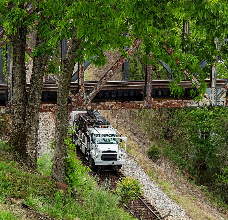 CSX Freightliner Work Truck Natural Bridge Station,VA