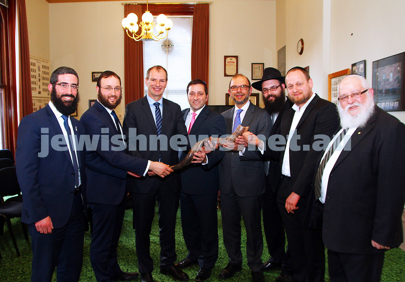 3-9-15. RCV. Members of the Rabbinical Council of Victoria meet with Liberal Opposition Leader Matthew Guy in the lead up to Rosh Hashana. Photo: Peter Haskin