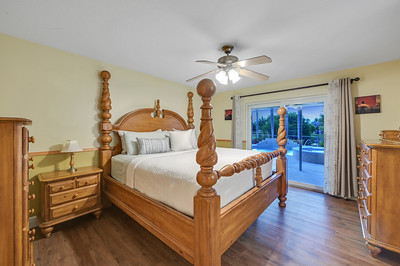 Bed Room 07