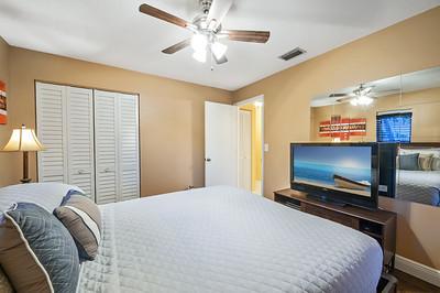 Bed Room 06