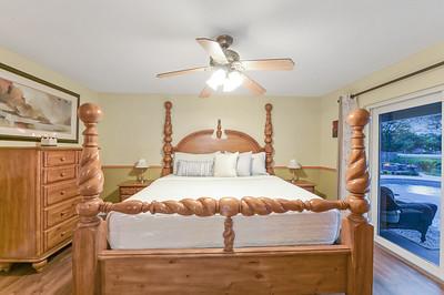 Bed Room 08