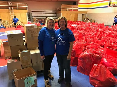 REALTOR Association of the Fox Valley Gives Back