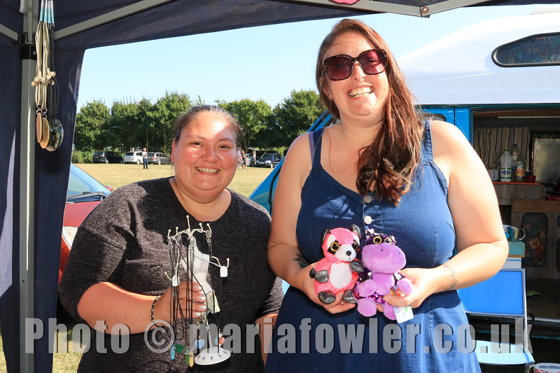 05 SEP 2021 – PICTURED: Melissa Taylor (Mystic Cavern) and Denise Higgs (Present Drawer by Denise) - Parkeston Welfare Park Fun Day – Photo Copyright © Maria Fowler 2021