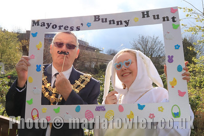 13 APR 2019 – Pictured: Cllr. Charlie Powell Mayor of Harwich and Kate Powell, Mayoress of Harwich - Mayoress' Bunny Hunt at Bobbit's Hole. Photo Copyright © Maria Fowler 2019