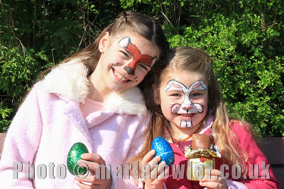 13 APR 2019 – Pictured: Bryoni and Lexi Homatopoulos (Age 8 & 5 Harwich Community Primary School) - Mayoress' Bunny Hunt at Bobbit's Hole. Photo Copyright © Maria Fowler 2019