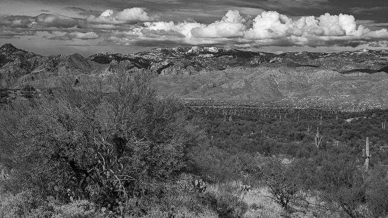 Mt Lemmon (9,159 ft, center) is mostly obscurred by the surrounding Catalina mountains