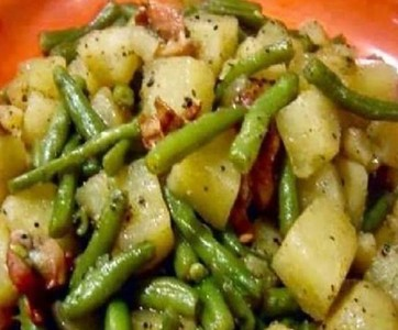 Crock Pot Ham, Green Beans, and Potatoes