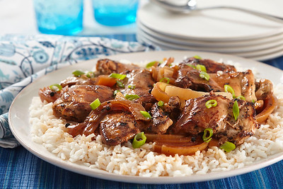 Chicken Adobo (Stephanie O'Dea)