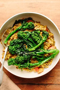 Tomato-Braised Lentils with Broccoli Rabe