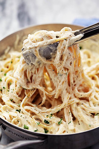 """The Best Ever"" Homemade Alfredo Sauce"