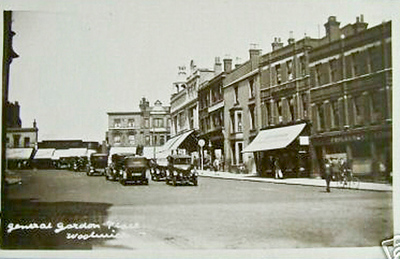 1920's...  General Gordon place