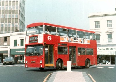 1978... Bus turning into General Gordon square