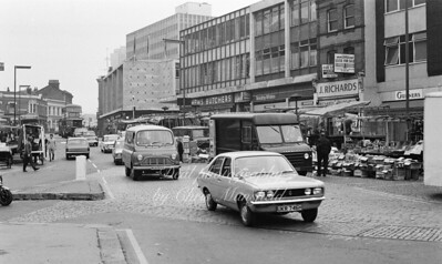 1972. Traffic in Beresford square