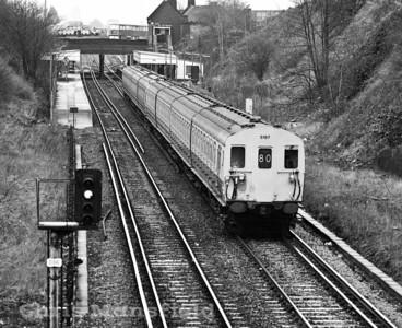 Dec 9th 1983   Train leaving Plumstead towards Woolwich