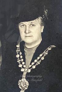 Mrs Ella Louise Reeves 1943-44