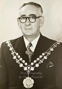 Mayor S.L.Collins 1953-1954