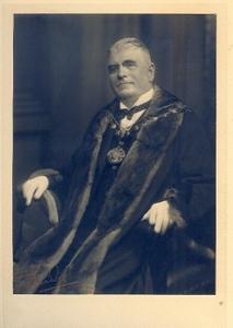 Mayor  R.A.M.Walters  1932 -33