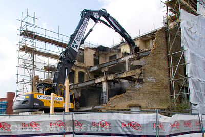 April 16th 2008 .  Demolition of the last part of the Woolwich power station