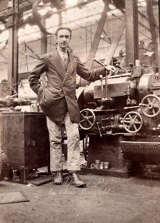 1920s Arsenal machine operator
