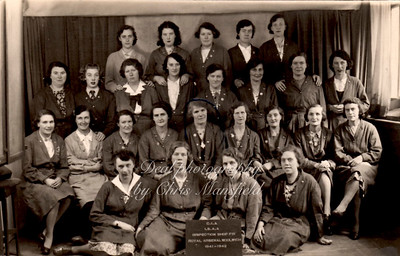 WW2.. Royal arsenal Ladies