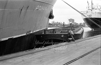 docks 12