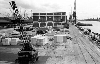 docks 14