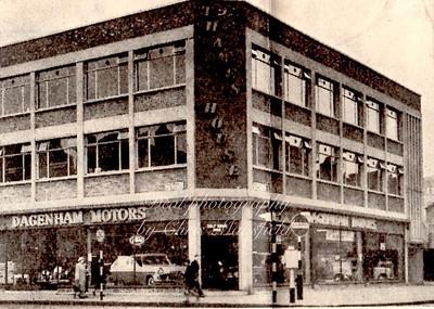 Early 1960s...  Corner of Wellington street