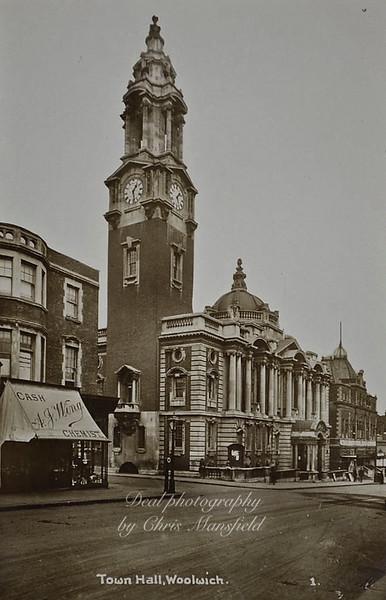 Approx' 1910 - 1920 Wellington street
