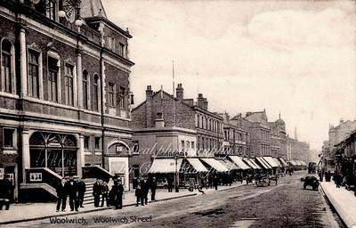 Approx' 1910... Wellington street