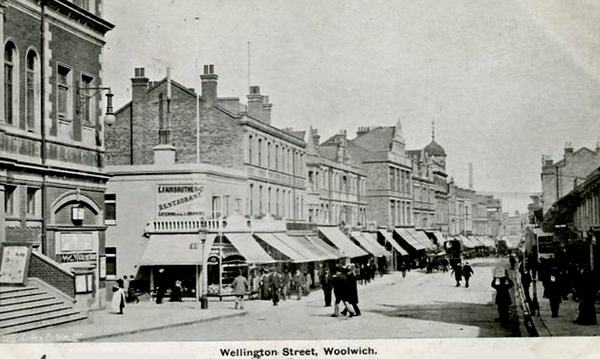 Approx' 1904 .. Wellington street