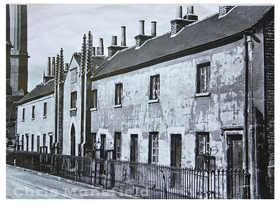 Early 1950s Parochial almshouses, Ropeyard rails