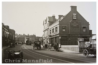 Approximately 1930 . Carpenters arms..Woolwich high street