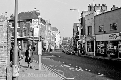 1982..   Woolwich new road