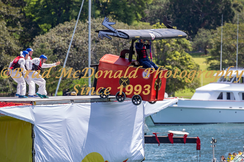BRAD McDONALD RED BULL FLUGTAG 2018111000513