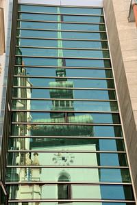 Odraz věže kostela Sv. Jakuba