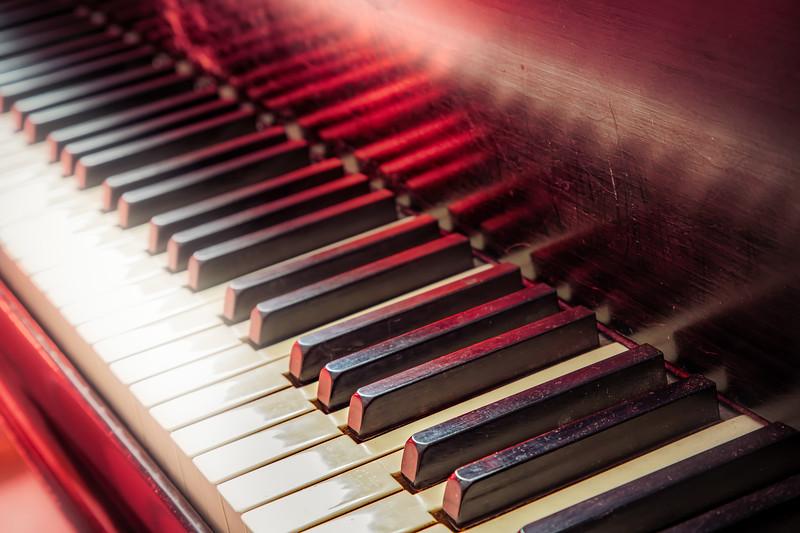 Piano 1