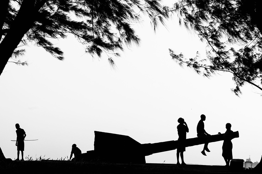 Photo of the week 2011-11, The cannon at the beira beach.